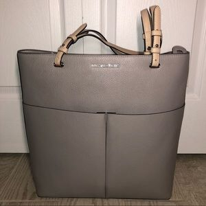 "BNWT Michael Kors Leather ""Bedford"" Tote"